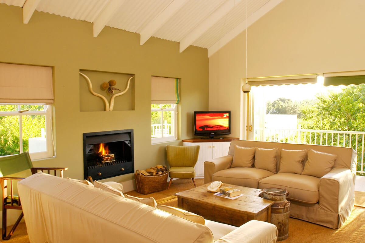 The Map Room - Your Holiday Home In Franschhoek