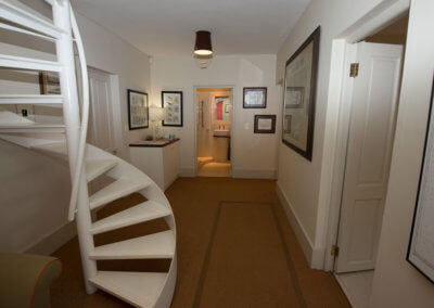 The Entrance With Guest Bathroom - Welcome To Your Vacation Home